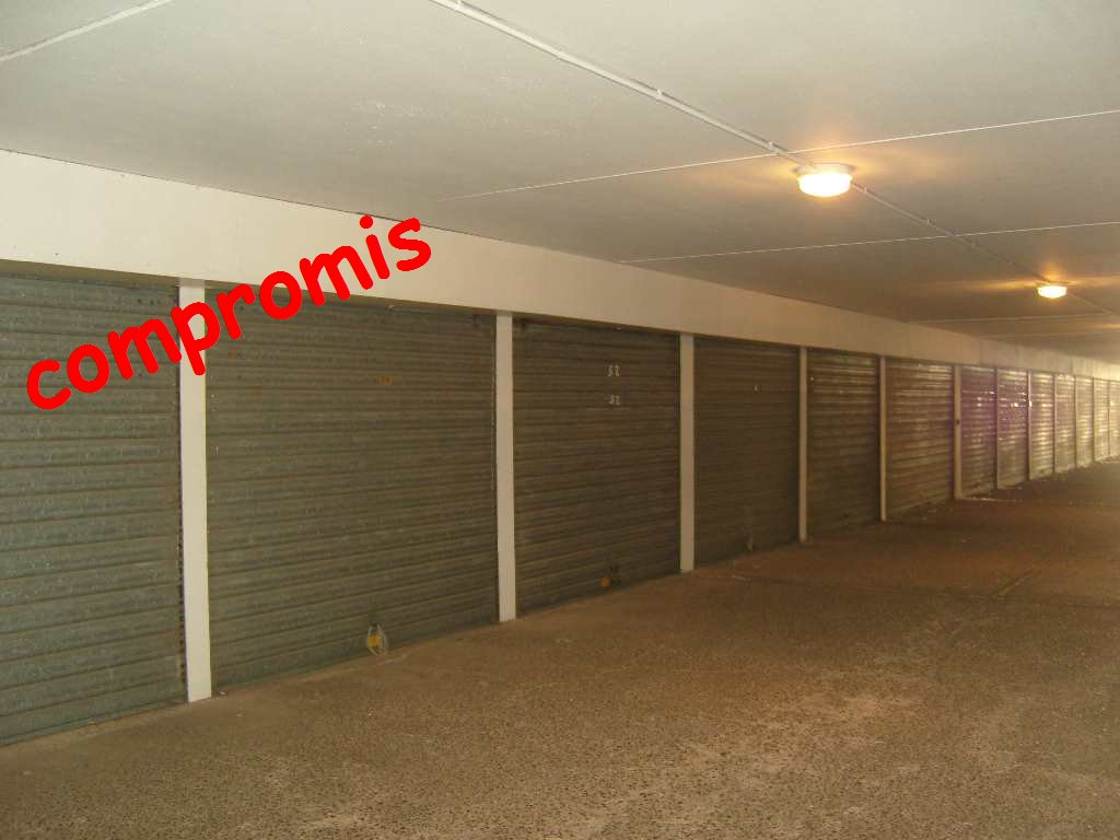 Vente garage le cap d 39 agde richelieu for Garage cros agde